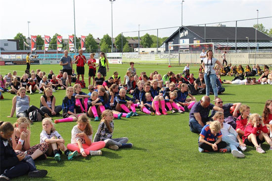 Eerste dag Montaza BV IFC Girls Tournament een succes